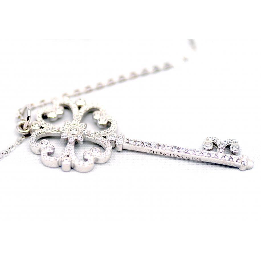 Подвеска серебряная Tiffany большой белый ключ сердечки камни swarovski