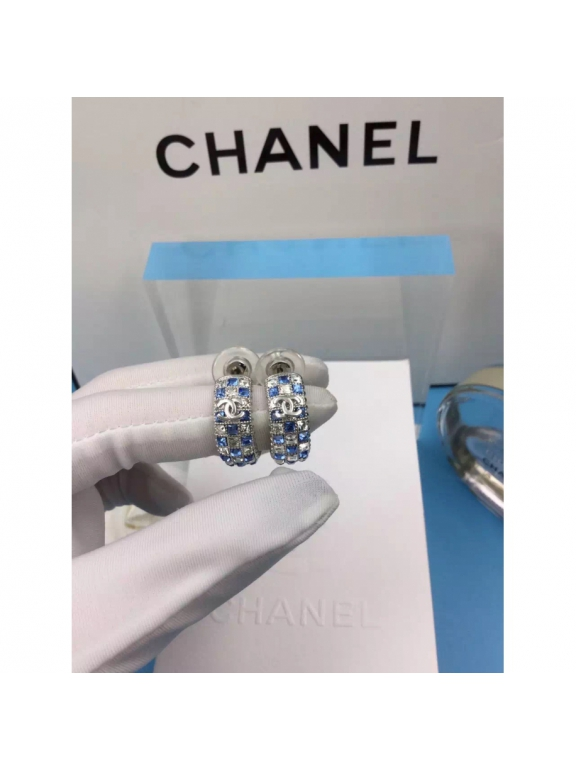 Золотые Серьги Chanel кольца голубо - белые камни