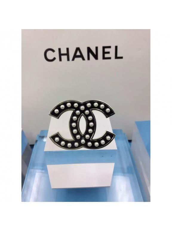 Черная Брошка Chanel черные значок эмаль жемчужинки