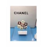Золотая Брошка Chanel цветы бежево - красные