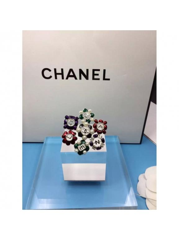 Золотая Брошка Chanel цветы красно - зелено - фиолетовые