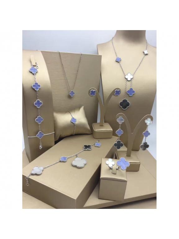 Бело - Перламутрово - Лиловое Колье Van Cleef & Arpels в белом 6 цветочков