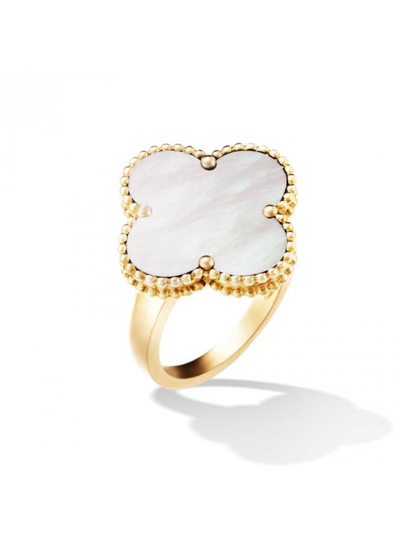 Золотое Кольцо белый цветочек в золоте