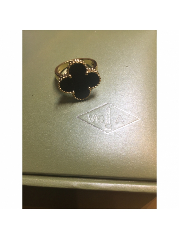 Золотое Кольцо черный цветочек в золоте