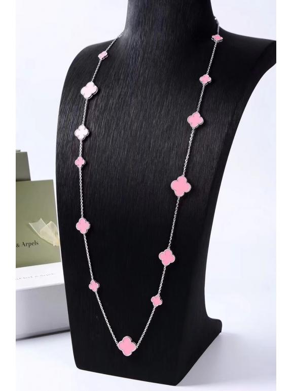 Розовое Колье Van Cleef & Arpels 16 цветочков в белом