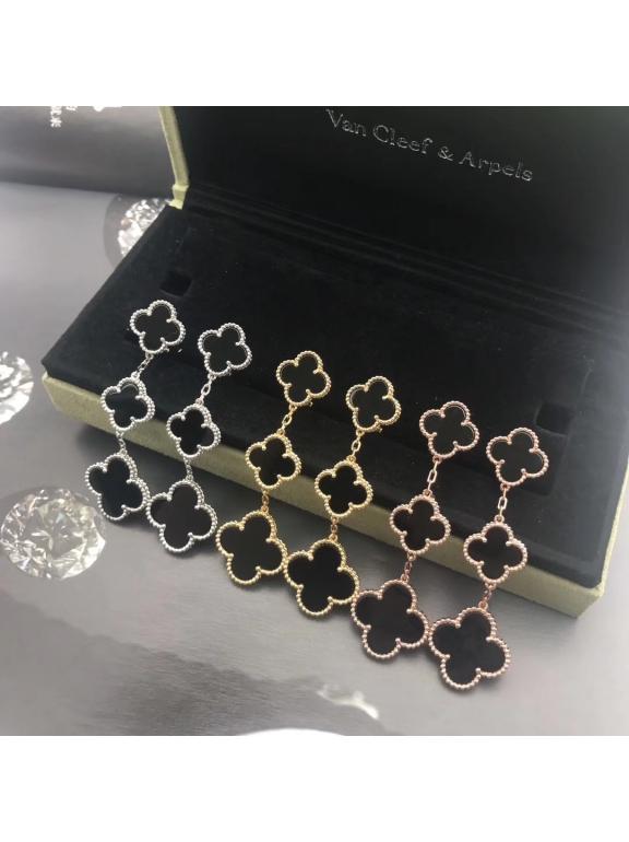 Черные Тройные Серьги Van Cleef & Arpels в белом
