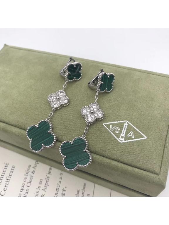 Зеленые Тройные Серьги Van Cleef & Arpels камни в белом