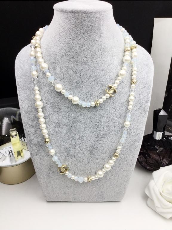 Колье Chanel Маленькие Бело - Прозрачно - Голубые Жемчужинки Значки
