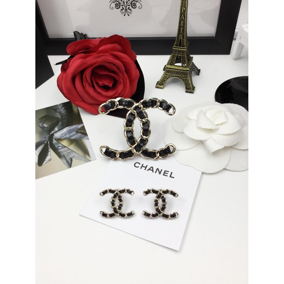 Черная Брошка Chanel значок черная кожа