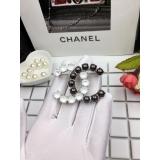 Бело - Черная брошка Chanel