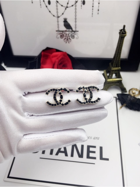 Серьги Chanel черные камни