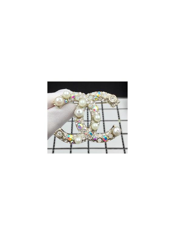 Золотая Брошка Chanel белые жемчужинки камни
