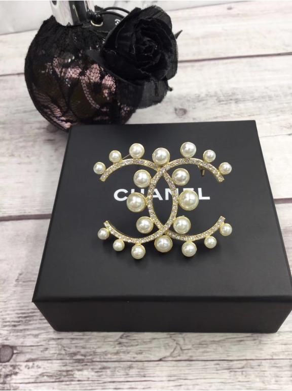 Золотая Брошка Chanel жемчужинки