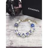 Браслет Chanel белые жемчужинки бело - голубые вставки