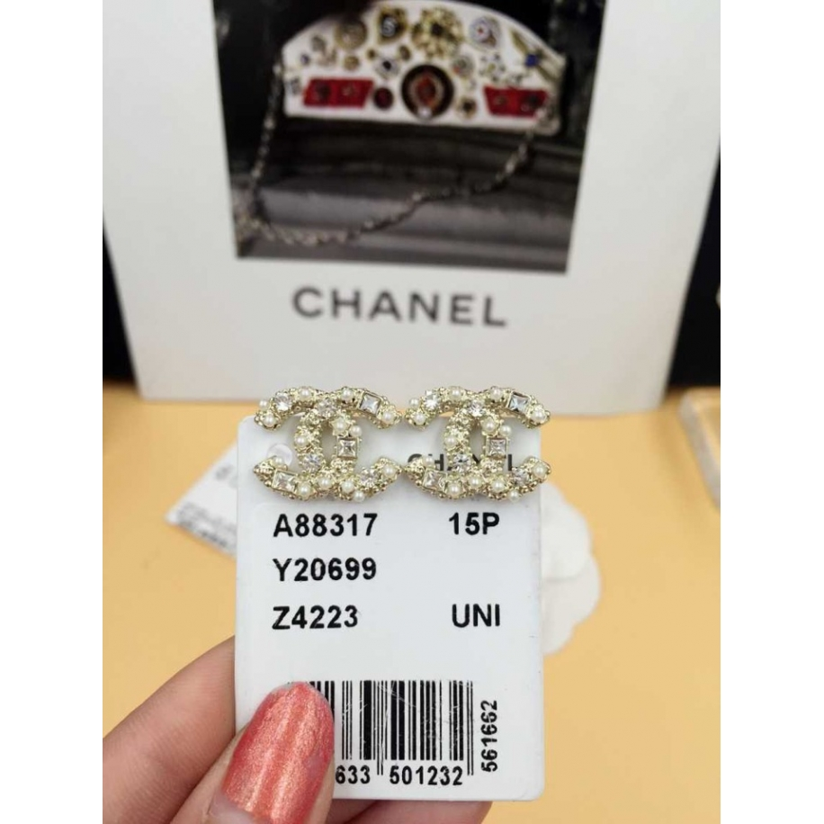 Золотые Серьги Chanel камни жемчужинки