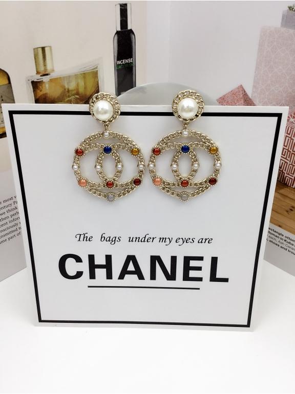 Золотые Серьги Chanel круг значок разноцветные камни жемчужинки
