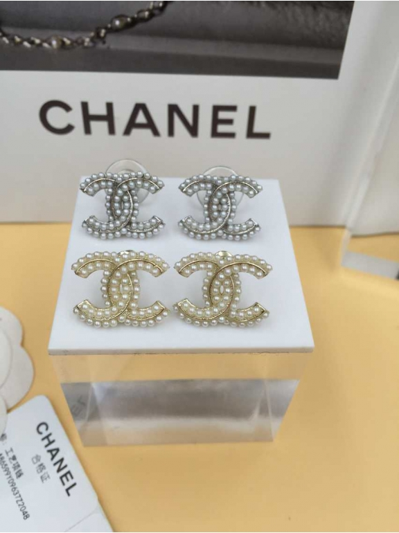 Белые Серьги Chanel значок жемчужинки