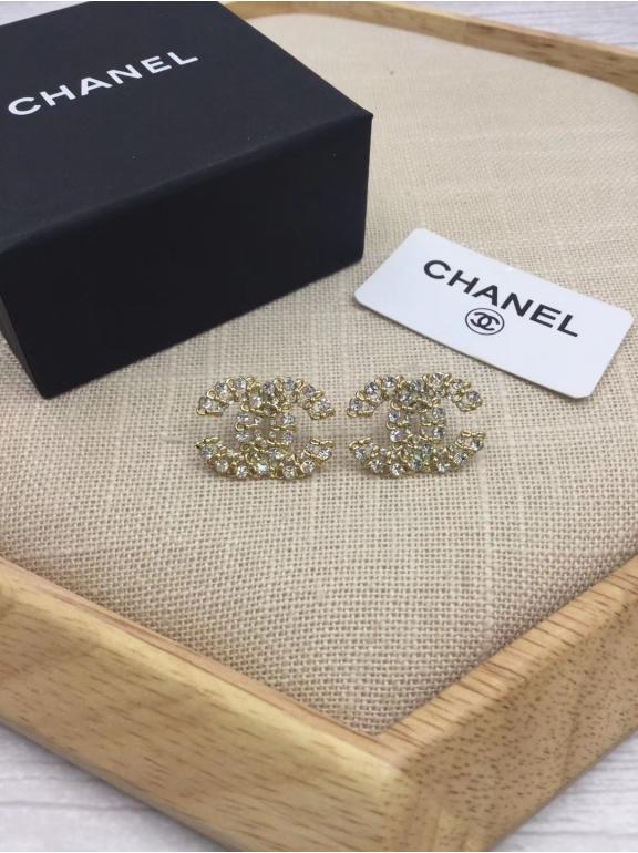 Серьги Chanel золотой значок камни