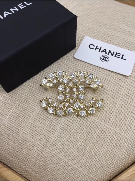 Брошка Chanel камни
