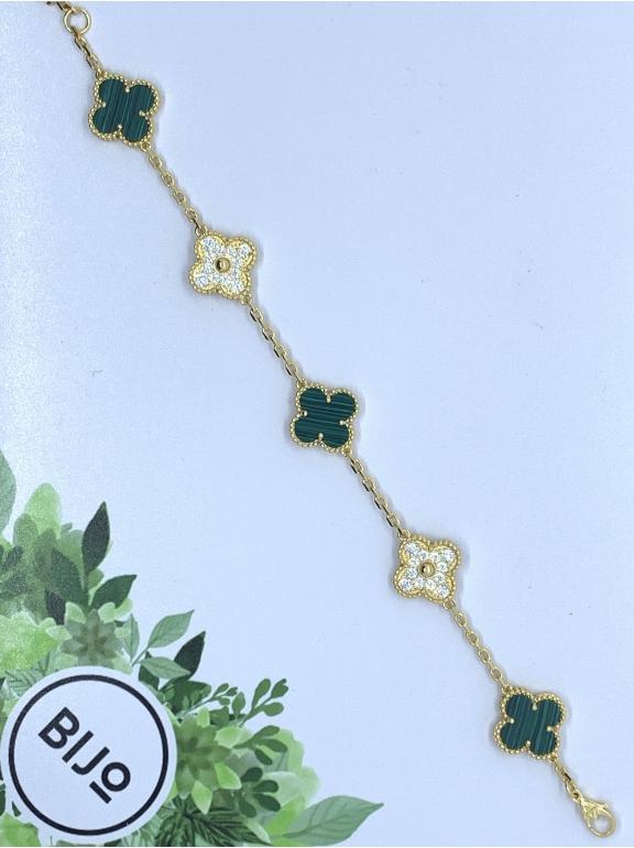 Зеленый Браслет в стиле VCA пять цветочков - камни в золоте