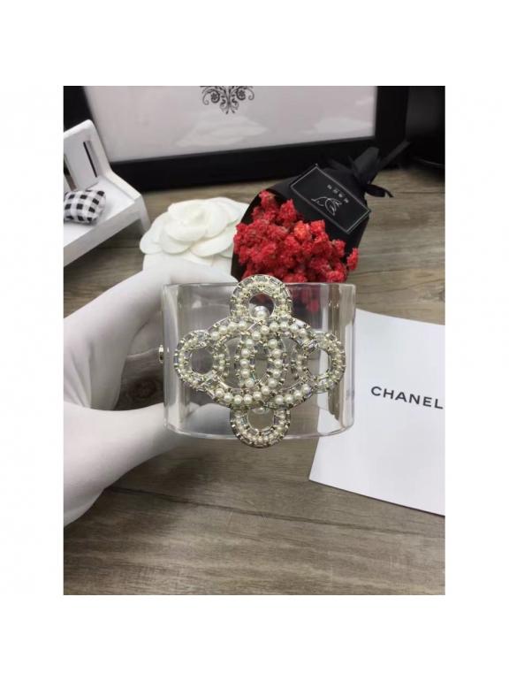Прозрачный Браслет Chanel вензеля