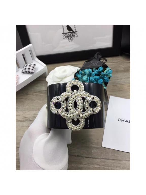 Черный Браслет Chanel вензеля