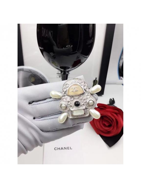 Золотая Брошка Chanel барашки белые