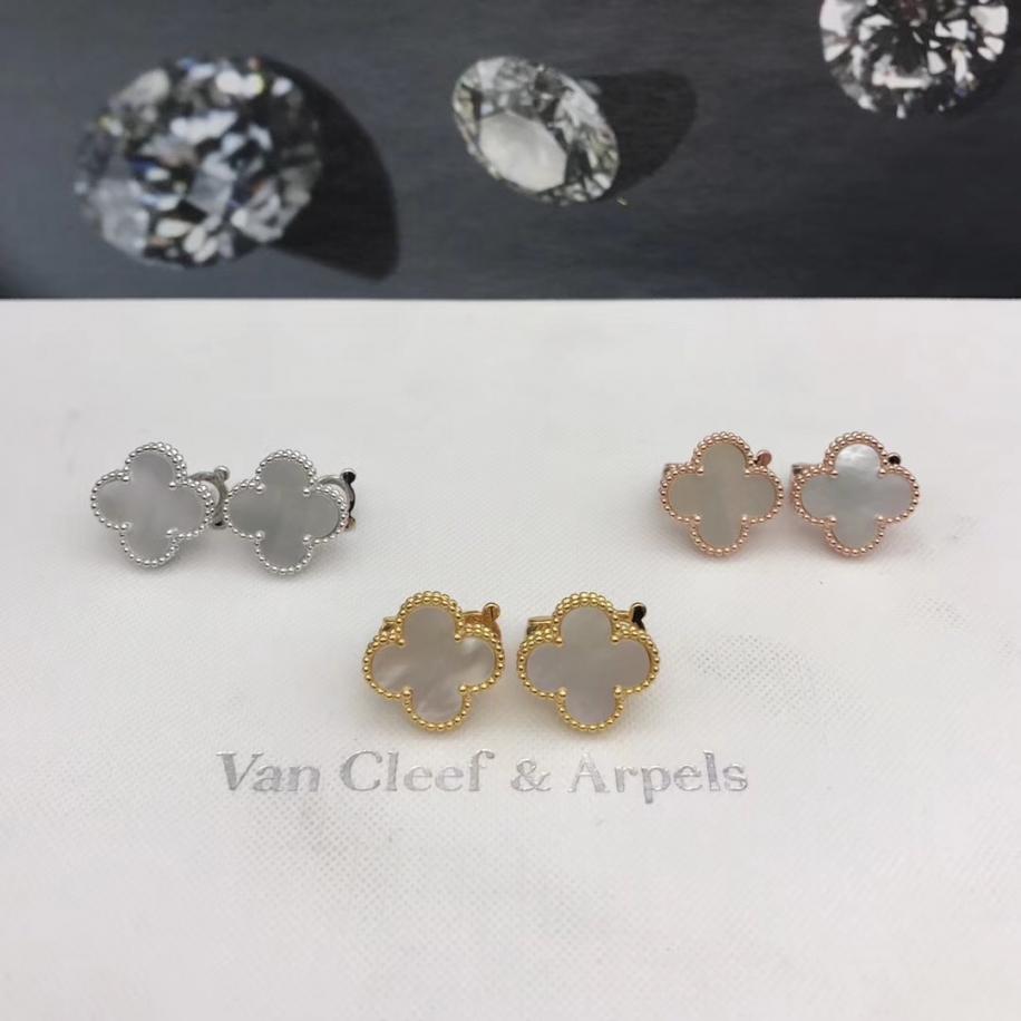 Средние Золотые Серьги перламутр Van Cleef & Arpels в белом