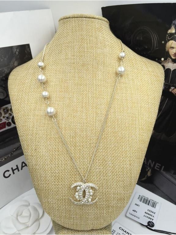 Золотая подвеска Chanel жемчужинки