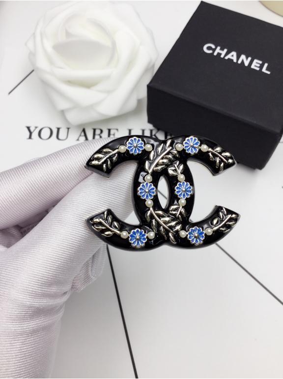 Черная Брошка Chanel эмаль