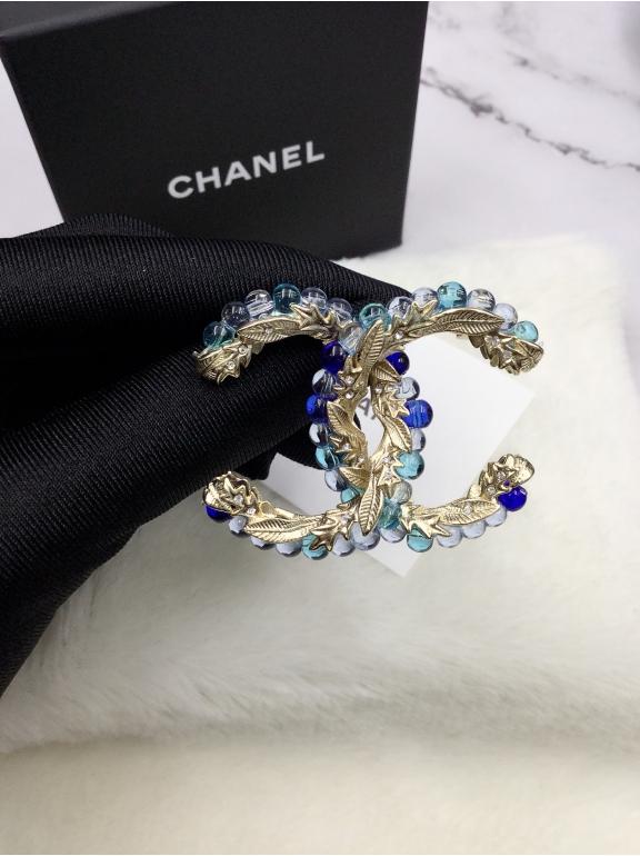 Золотая Брошка Chanel голубые шарики