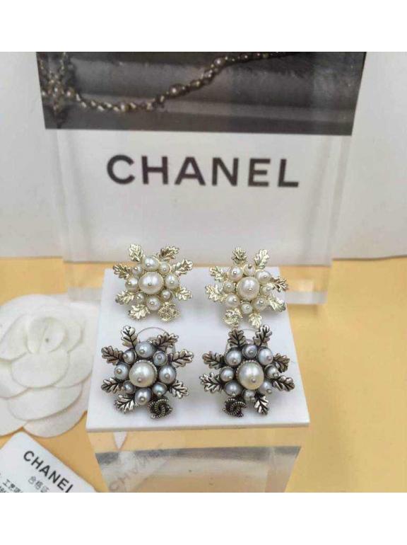Золотые серьги Chanel жемчужинки