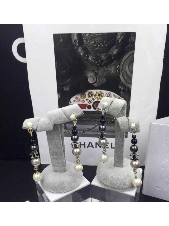 Золотые серьги Chanel черно - серо - белые жемчужинки