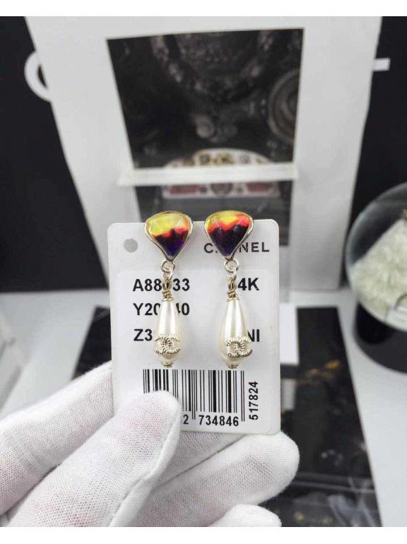 Золотые серьги Chanel эмаль жемчужинки