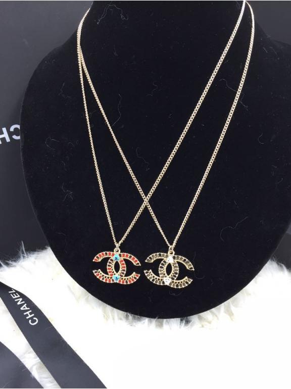 Золотая подвеска Chanel бордово - красная эмаль