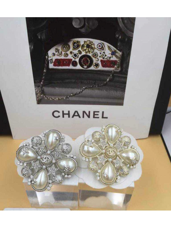 Золотая брошка Chanel жемчужинки камни