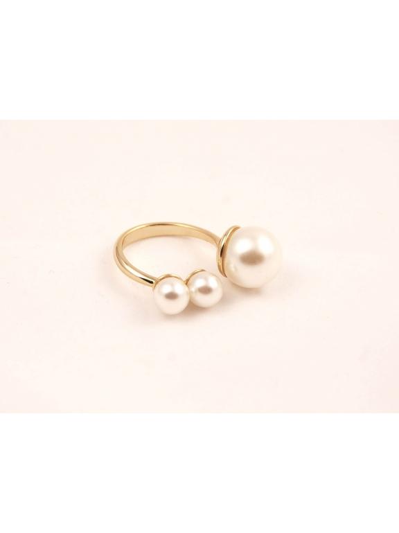 Золотое кольцо Christian Dior жемчужинки размер 16 , 17